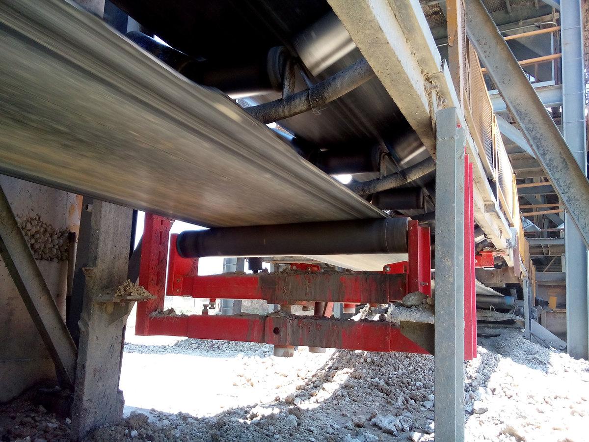 Conveyor Belt Alignment Reduce Damaging Belts